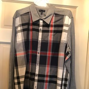 Men's Gap long sleeve shirt